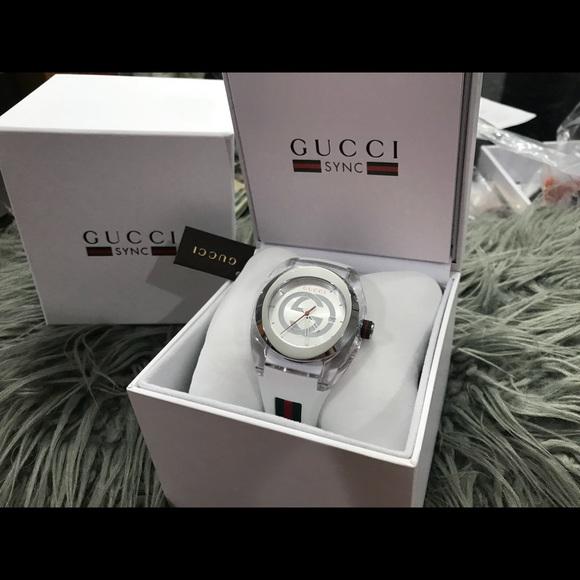 65f79210832 Gucci Sync Xxl Rubber Dial Watch YA137102